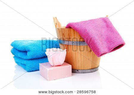 Wooden Bucket For Spa Or Sauna With Colorful Towels