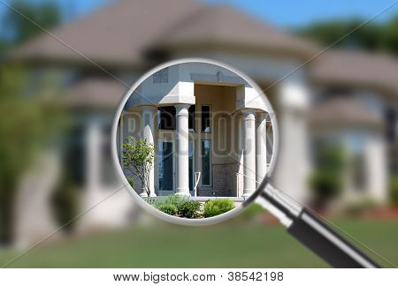 Focus on real estate. Great for real estate ads