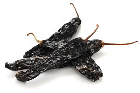 image of pasilla chili  - chile pasilla - JPG