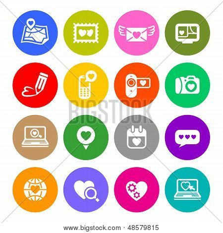 90_set Valentine's Day Buttons, Love On The Internet Signs Colour Round.jpg