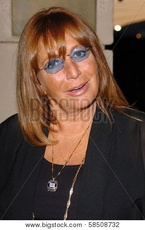 HOLLYWOOD - July 07: Penny Marshall at A Midsummer Night's Dream: A Magic Night of Poker, Players and Stars in The Avalon on July 07, 2006 in Hollywood, CA.