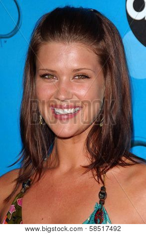 PASADENA, CA - JULY 19: Sarah Lancaster at the Disney ABC Television Group All Star Party on July 19, 2006 at Kidspace Children's Museum in Pasadena, CA.