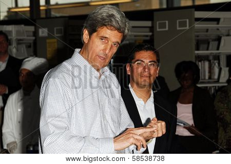 LOS ANGELES - APRIL 10: Sen. John Kerry, Rep. Xavier Becerra on tour of the 31st Congressional District of Los Angeles in South Los Angeles Area High School #1 on April 10, 2006 in Los Angeles, CA.