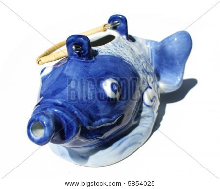 Crazy blue fish tea kettle