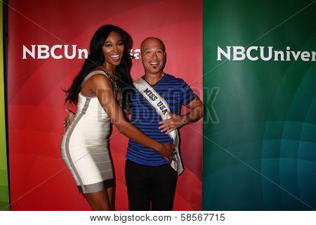 Nana Meriwether and Howie Mandel at the 2013 NBC Universal Summer Press Day , Langham Huntington Hotel, Pasadena, CA 04-22-13
