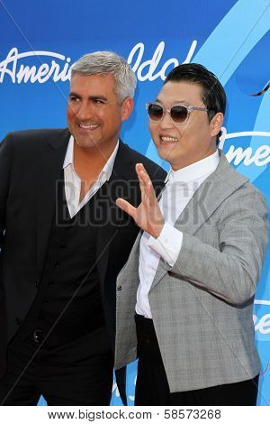 Taylor Hicks and Psy at the American Idol Season 12 Finale Arrivals, Nokia Theater, Los Angeles, CA 05-16-13