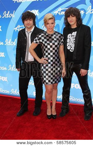 Neil Perry, Kimberly Perry, Reid Perry at the American Idol Season 12 Finale Arrivals, Nokia Theater, Los Angeles, CA 05-16-13