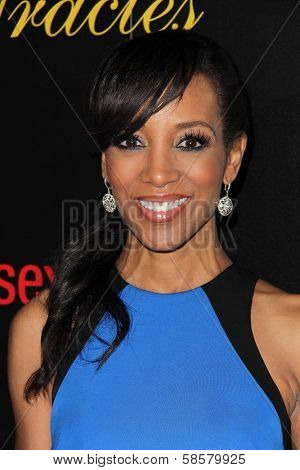 Shaun Robinson at the 2013 Gracie Awards Gala, Beverly Hilton Hotel, Beverly Hills, CA 05-21-13