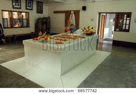 KOLKATA, INDIA - NOV 26, 2012: Tomb of Blessed Teresa of Calcutta, commonly known as Mother Teresa (26 August 1910 - September 1997), was Catholic missionary who lived for most of her life in India