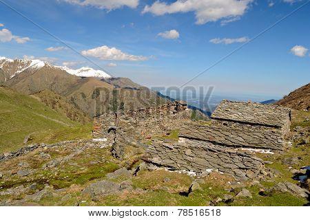 Shepherd's Abandoned Huts
