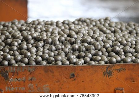 Little Grinding Balls