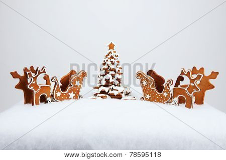 The Hand-made Eatable Reindeer And Cart With Snow Decoration