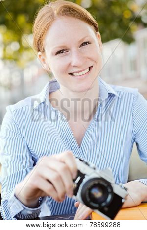 Businesswoman - Hobby Photographer