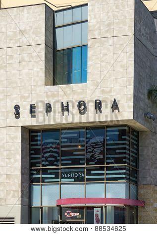 Sephora Store Exterior