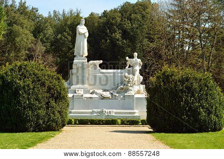 Monument in the park in Arezzo