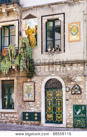 Decorated Wall Of Urban House In Taormina, Sicily