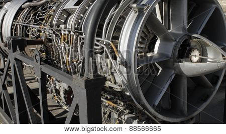 Aircraft turbine engine closeup