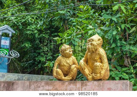 Monkey Statues