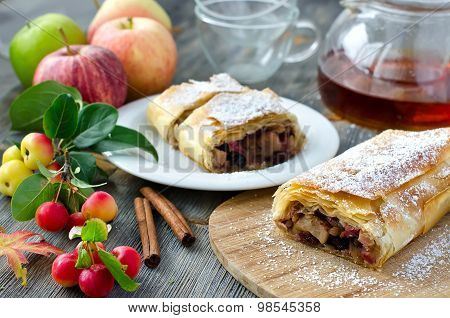 Strudel With Apples And Cinnamon