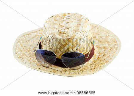 Summer Concept - Straw Hat And Sunglasses Isolate On White Background
