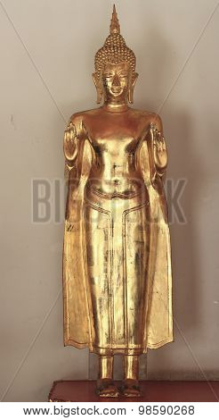 The golden statue of Buddha built for worship
