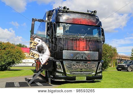 Volvo FH16 Ace Of Spades Show Truck