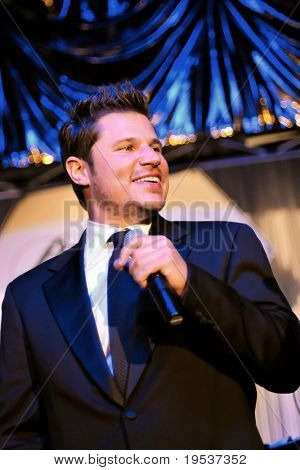 LOUISVILLE, KY - MAY 1: Nick Lachey performs at the 2009 Barnstable-Brown Gala on May 1, 2009.  The annual gala is held on the eve of the Kentucky Derby to benefit diabetes research.