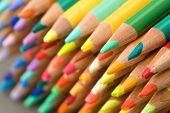 pencil crayons - points - narrow DOF