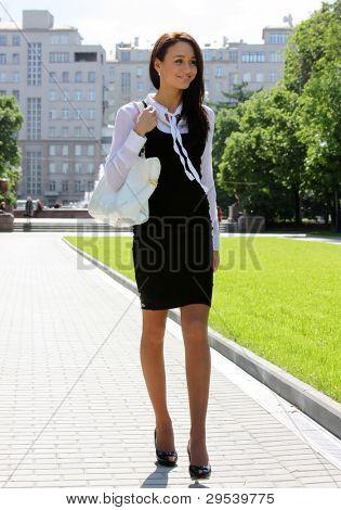 mujer de negocios hermosa urbano