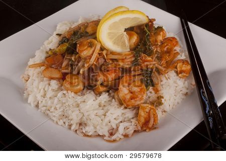 Chicken And Prawns In  Chines Sauce Served With Rice