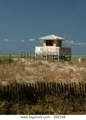 Beachside Lifeguard Hut