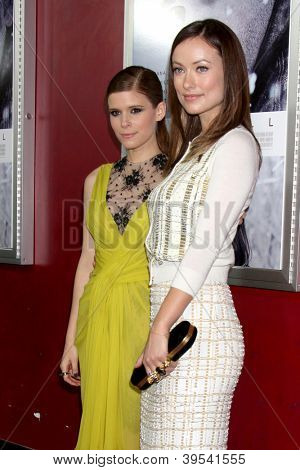 LOS ANGELES - NOV 29:  Kate Mara, Olivia Wilde arrive at the 'Deadfall' premiere at ArcLight Hollywood Theaters on November 29, 2012 in Los Angles, CA
