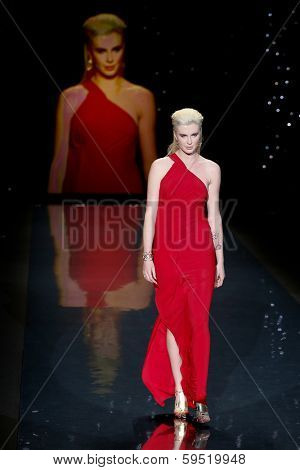 NEW YORK-FEB 6: Ireland Baldwin wears Donna Karan on the runway at The Heart Truth Red Dress Collection show during Mercedes-Benz Fashion Week at Lincoln Center on February 6, 2014 in New York City.