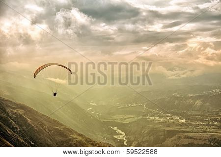 Paragliding in Andes