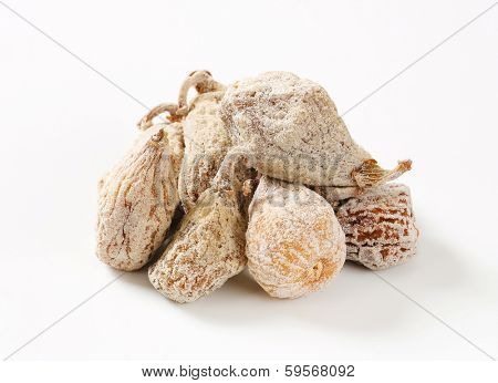 portion of dried sweetened figs