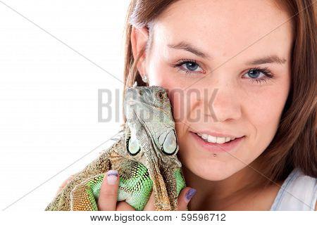 Dragonhugs