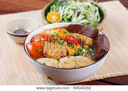 Bun Rieu a typical traditional Vietnamese noodle ( different from PHO NODDLE), the ingredients ar