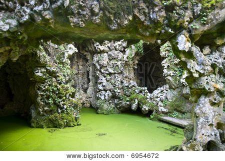 The grotto in Quinta da Regaliera