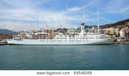 City Of Nice - Cruise Ship In Port De Nice