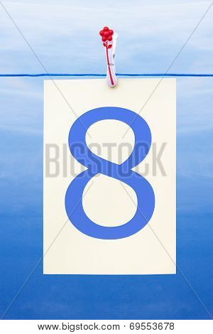Seamless Washing Line With Paper Showing The Number 8