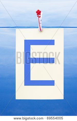 Seamless Washing Line With Paper Showing The Letter E
