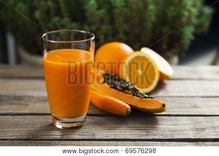 Orange, Papaya And Carrot Smoothie