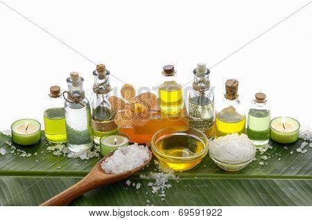 health spa and banana leaf texture with many white salt