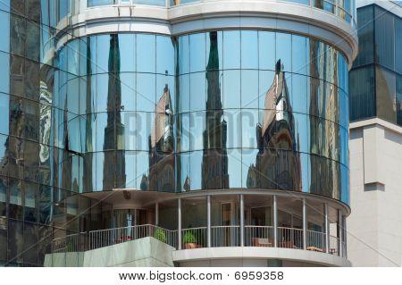 Haas Haus Reflecting Old Vienna, Austria