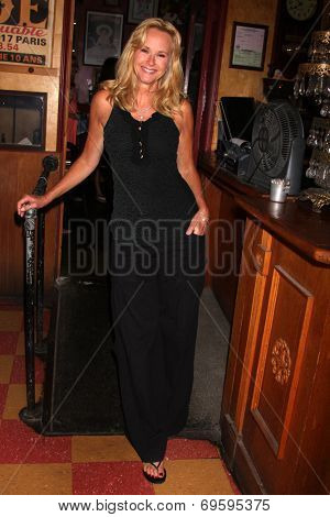 LOS ANGELES - AUG 1:  Rebecca Staab at the William deVry Fan Club Event at the California Canteen on August 1, 2014 in Los Angeles, CA