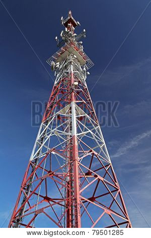 Telecommunication transmitter
