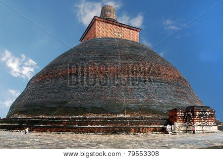 The world's largest brick stupa Jethawanaramaya Dagoba in Anuradhapura, Sri Lanka