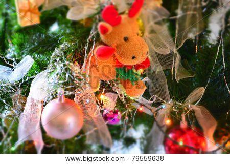 Christmas tree decorated moose