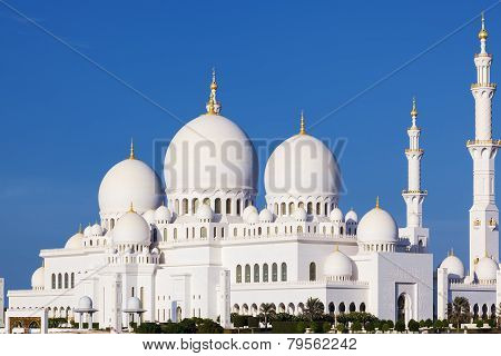 Beautiful View Of Famous Sheikh Zayed Grand Mosque