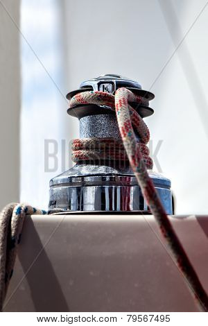 Sheet winches with a rope close-up